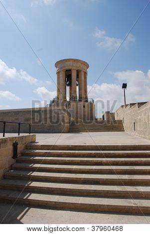 Cerco Bell Memorial