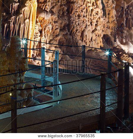 Stalaktit Tropfstein Höhle