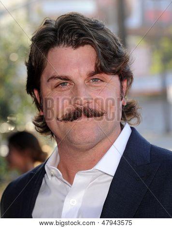 LOS ANGELES - 08 de JUL: Johnny Dowers chega para o
