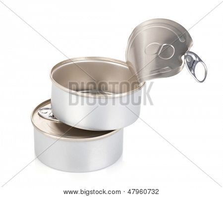 Closed and opened tin cans. Isolated on whote background