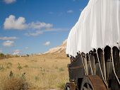 image of covered wagon  - covered wagon on the oregon trail - JPG
