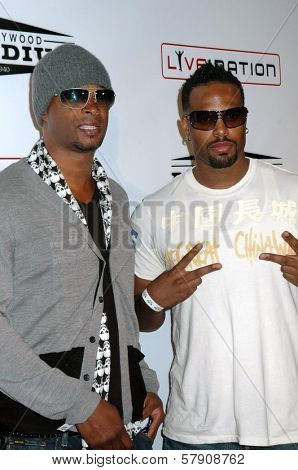 Damon Wayans and Shawn Wayans  at the Grand Reopening of The Hollywood Palladium. Hollywood Palladium, Hollywood, CA. 10-15-08
