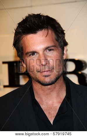 Len Wiseman  at the Burberry Beverly Hills Store Re-Opening. Burberry Beverly Hills Store, Beverly Hills, CA. 10-20-08