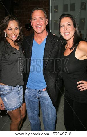 Janet Edwards. Ken Siporin and Jamie Lauren at an AMA Gifting Suite by ShoeDazzle.com, Gibson Guitars, Beverly Hills, CA 11-21-08