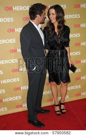 Len Wiseman and Kate Beckinsale  at CNN Heroes An All-Star Tribute. Kodak Theatre, Hollywood, CA. 11-22-08