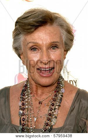 Cloris Leachman  at the