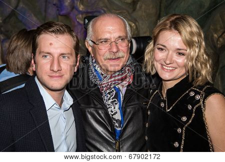 MOSCOW - JUNE, 26: R. Gigineishvili,  Nikita Mikhalkov, N. Mikhalkova. ��¡harity  foundation Russian Siluet. Fashion show  at the Russian Academy of art . June 26, 2014 in Moscow, Russia