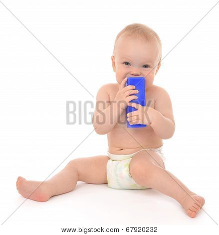New Born Infant Child Eatind Blue Toy Brick