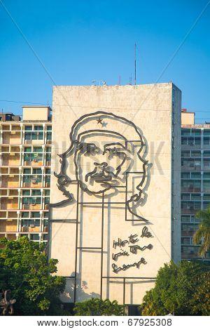 Che Guevara Image In Front Of Revolution Square, Havana