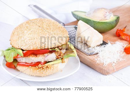 Turkey burger with avocado
