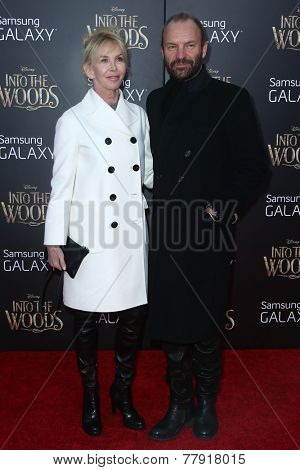 NEW YORK-DEC 8: Singer Sting (R) and wife Trudie Styler attend the