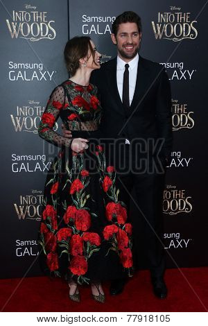 NEW YORK-DEC 8: Actress Emily Blunt (L) and John Krasinski attend the