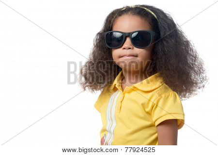 Pretty african american small girl wearing sunglasses isolated on white