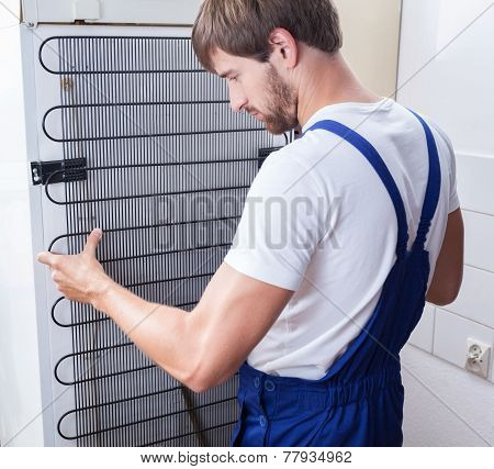 Handyman And Fridge Repair