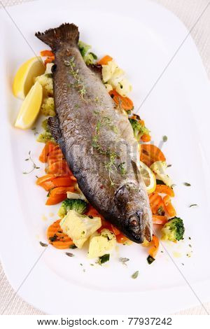 Grilled Whole Trout With Vegetables And Lemon