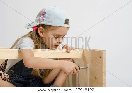 Child Secures Runners Drawers