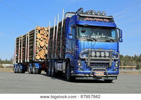 Volvo Fh16 700 Logging Truck