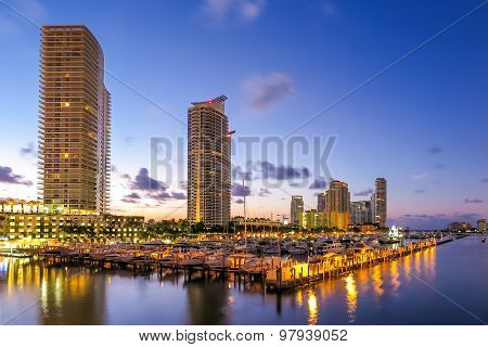 Miami South Beach Street View With Water Reflections And The Marina