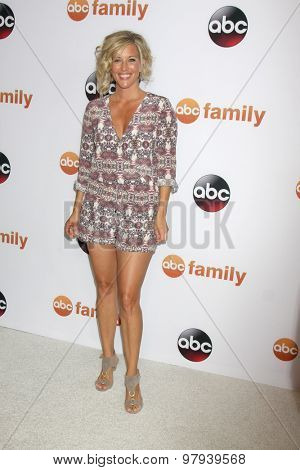 LOS ANGELES - AUG 4:  Laura Wright at the ABC TCA Summer Press Tour 2015 Party at the Beverly Hilton Hotel on August 4, 2015 in Beverly Hills, CA