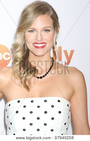 LOS ANGELES - AUG 4:  Chelsey Crisp at the ABC TCA Summer Press Tour 2015 Party at the Beverly Hilton Hotel on August 4, 2015 in Beverly Hills, CA