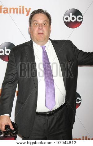 LOS ANGELES - AUG 4:  Jeff Garlin at the ABC TCA Summer Press Tour 2015 Party at the Beverly Hilton Hotel on August 4, 2015 in Beverly Hills, CA