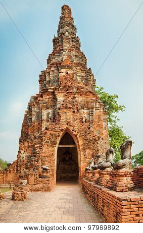 Headless Buddha's statues in Wat Chaiwatthanaram. Ayutthaya historical park.