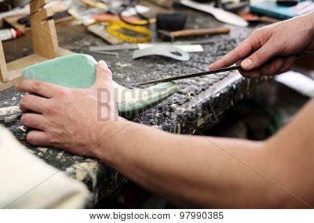 Fashion and shoe design, shoemaking workshop
