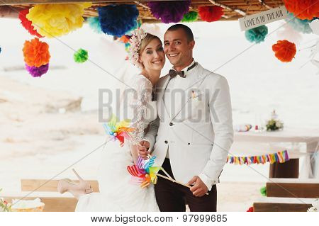 Beautiful  Gorgeous Blonde Bride  And Stylish Groom, Hawai  Colorful Sand Ceremony On Cyprus
