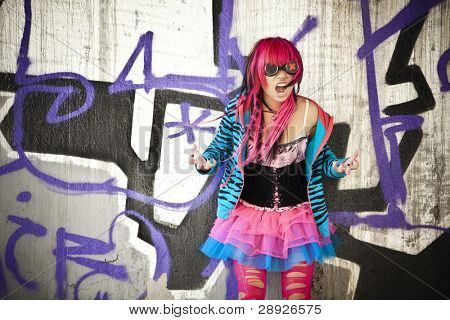 Blinded asian goth lolita shouting desperately.
