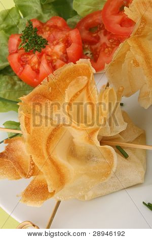 filo pastry, canape food and salad