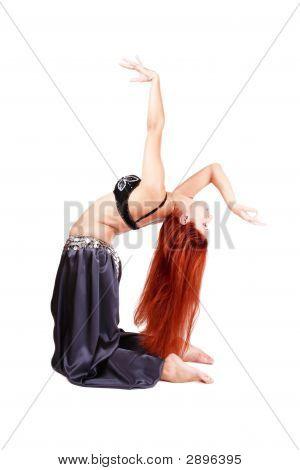 Bending Bellydancer