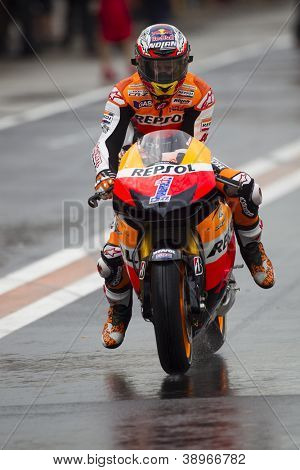 CHESTE - NOVEMBER 9: Casey Stoner during MOTOGP of the Comunitat Valenciana, on November 9, 2012, in Ricardo Tormo Circuit of Cheste, Valencia, Spain