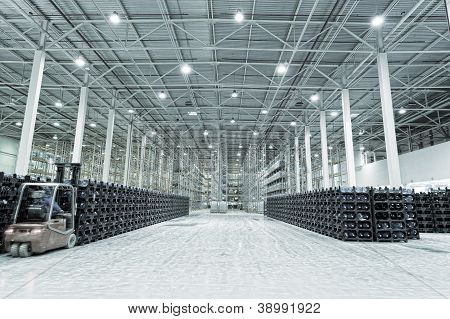 Big constitution for storage of finished goods
