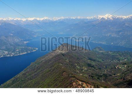 The Y Como Lake