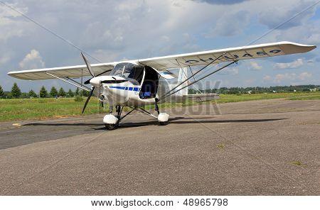 Ikarus C42 Airplane