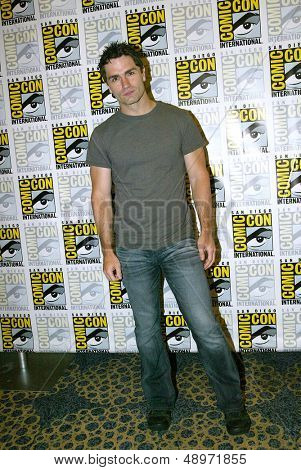 SAN DIEGO, CA - JULY 20: Sam Witwer arrives at the 2013 Comic Con press room at the Hilton San Diego Bayfront hotel on July 20, 2013 in San Diego, CA.