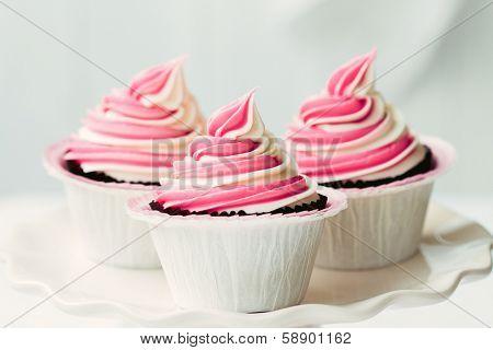 Raspberry ripple cupcakes