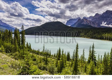 Lake on the icefield parkway in banff national park, alberta, canada