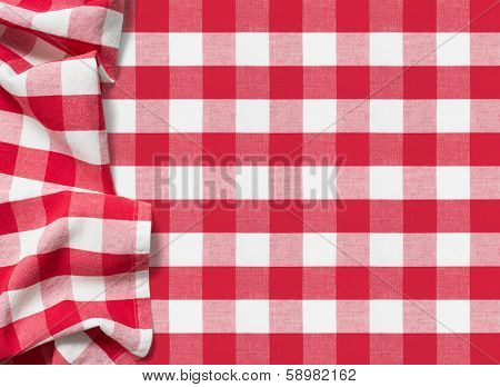 picnic tablecloth checkered red