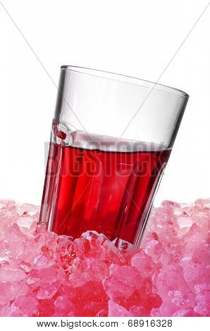 glass with spanish tinto de verano on crushed ice