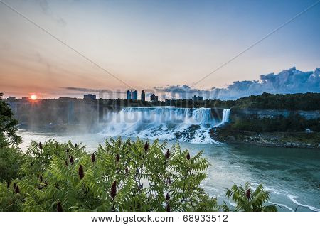 American Falls On Sunrise