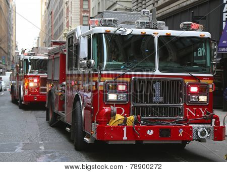 FDNY Engine 1 in midtown Manhattan