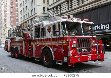 FDNY Ladder Company 21 in midtown Manhattan