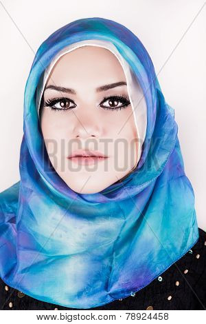 beautiful muslim woman wearing hijab