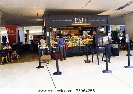 PARIS - SEPTEMBER 10: PAUL cafe interior on September 10, 2014 in Paris, France. Paris Charles de Gaulle Airport, is one of the world's principal aviation centres.