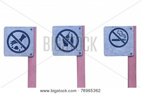 No Littering Sign, No Alcohol Sign And Do Not Smoke Sign In The Public Park.