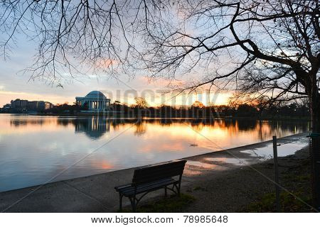 Washington DC, Thomas Jefferson Memorial in autumn sunrise