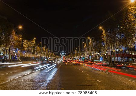 PARIS, FRANCE - 29 NOVEMBER, 2014: Champs Elysees Avenue, Paris (France)