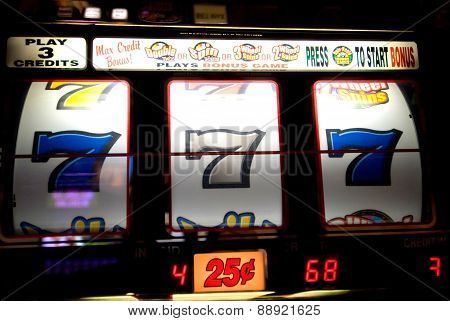 Lucky Sevens Casino Slot Machine Pay Out Vegas