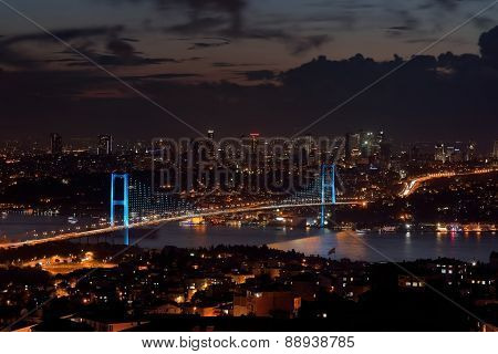 Bosphorus Bridge in Istanbul, Turkey.